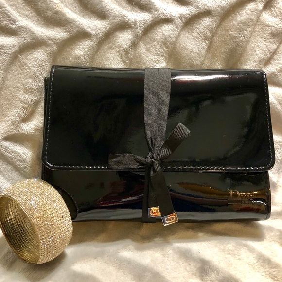 Dior Handbags - CHRISTIAN DIOR‼️cosmetic bag